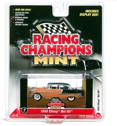 Chevy Bel Air 1955 Racing Champions Mint 1/64 Johnny Lighting