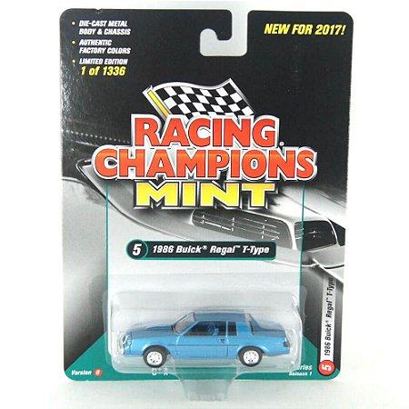 Buick Regal T-Type 1986 B 1/64 Racing Champions Mint