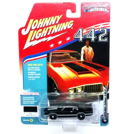 Olds Cutlass S W-31 Muscle Cars USA A 1/64 Johnny Lightning