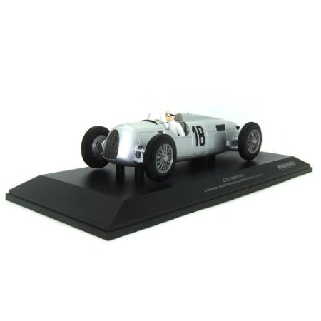 Auto Union Type C B. Rosemeyer Vencedor Internationals Eifelrennen 1936 1/18 Minichamps