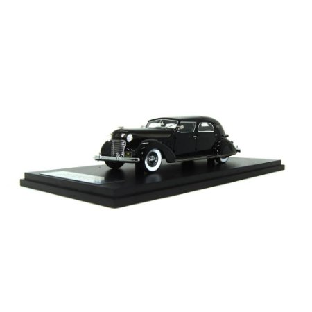 Chrysler Imperial C-15 Le Baron Town Car, Black 1/43 Neo Scale Models