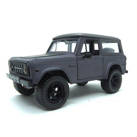 Ford Bronco 1973 Cinza Escuro Just Trucks 1/24 Jada Toys