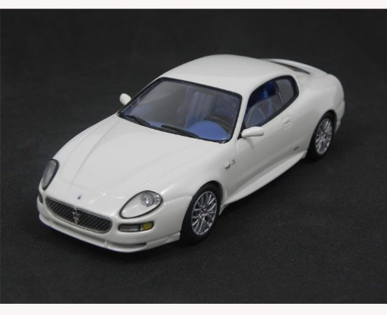 Maserati GranSport 2004 1/43 Ixo