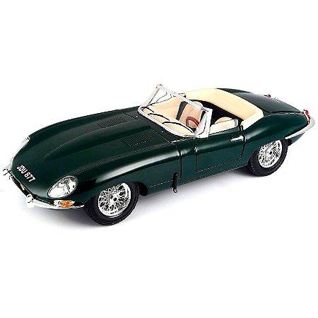 Jaguar E-type Cabriolet Verde 1961 1/18 BBurago italian Design