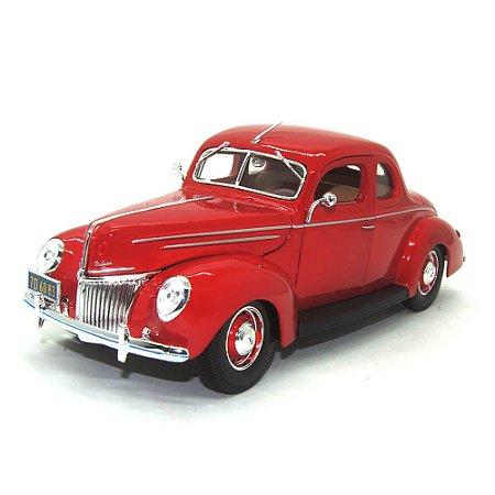 Ford Deluxe 1939 Vermelho 1/18 Maisto Special Edition