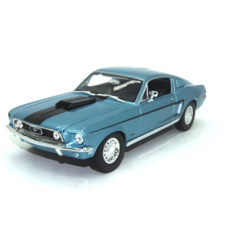 Ford Mustang GT Cobra Jet 1968 1/18 maisto Special Edition