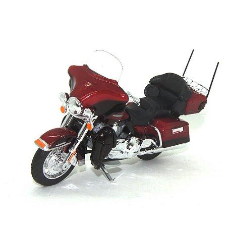 Moto Harley Davidson FLHTK Electra Glide Ultra limited 2013 Vinho 1/18 Maisto HD Custom Series 34
