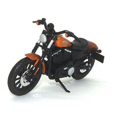 Moto Harley Davidson Sportster Iron 883 2014 Laranja 1/18 Maisto HD Custom Series 34