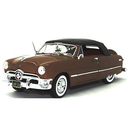Ford Custom Fechado 1950 Marrom 1/18 Maisto Special Edition