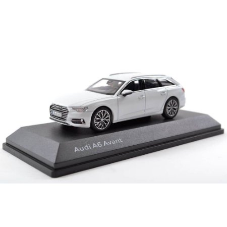 Audi A6 C8 Avant 2018 Station Wagon Branco Audi Collection 1/43 IScale