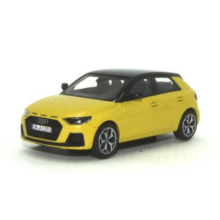 Audi A1 Sportback 2018 Audi Collection 1/43 Iscale