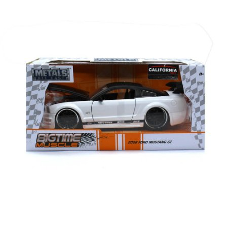 Ford Mustang GT 2006 Branco 1/24 Jada Toys Big Time Muscle