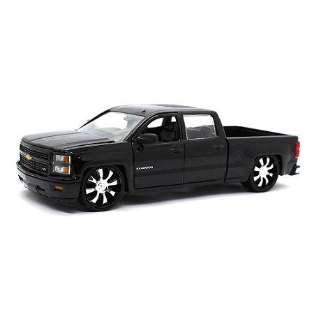 Chevrolet Silverado Custom Edition 2014 Preto 1/24 Jada Toys Just Trucks