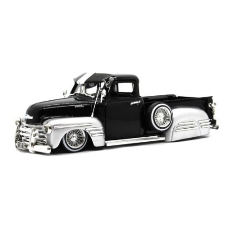 Chevrolet 3100 Pick Up Street Low Custom 1951 Preto 1/24 Jada Toys Just Trucks