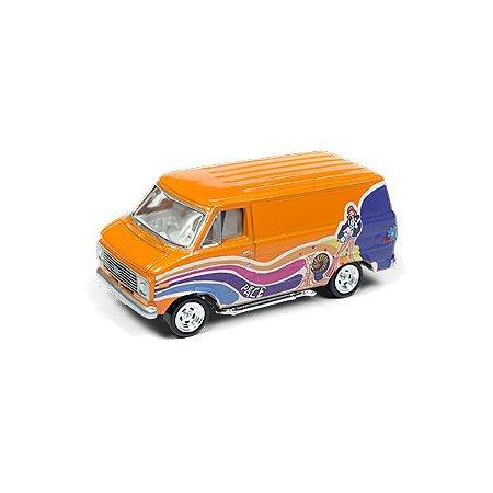 Chevrolet G-20 Van 1976 Boogie Vans 1/64 Johnny Lightning Street Freaks 2018 Series Release 1 Versão B