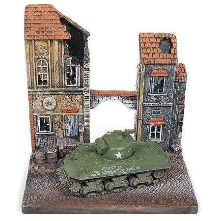 Diorama Tanque de Guerra M4A3 Sherman The Siege of Bastogne / To Chateau Segunda Guerra Mundial 1/64 Johnny Lightining The Greatest Generation