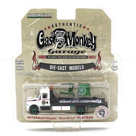 GREEN MACHINE Caminhão International Durastar Flatbed 1/64 Greenlight Gas Monkey Garage