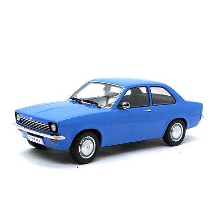 Opel Kadett C Limousine Chevette 1972 Azul 1/18 KK Scale