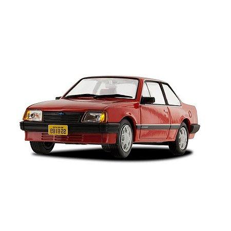 Chevrolet Monza Série I Sedan 1985 1/43 Chevrolet Collection 5