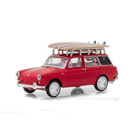 Volkswagen Type 3 Squareback 1962 e Prancha de Surf The Hobby Shop Series 5 1/64 Greenlight