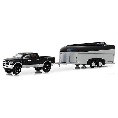 Dodge Ram 2500 2017 e Aerovault Trailer Hitch & Tow Serie 15 1/64 Greenlight