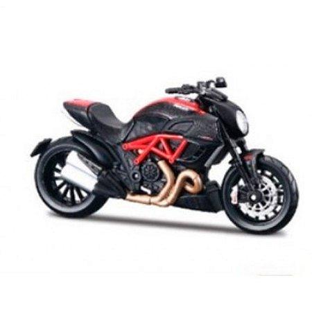 Moto Ducati Diavel Carbon 1/12 Maisto