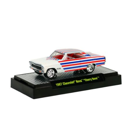Chevrolet Nova Cherry Nova 1967 FOOSE 1/64 M2 Machines