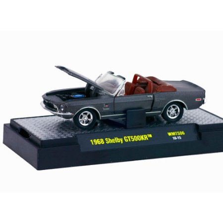 Shelby GT500KR 1/64 M2 Machines