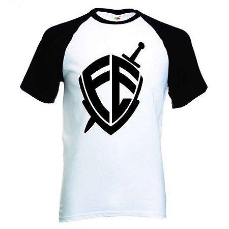 Camiseta Raglan Branca - Manga Preta