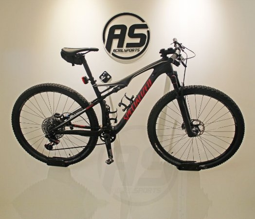 Suporte para pendurar bicicleta | MTB / Speed / TT | Black | Modelo Wind