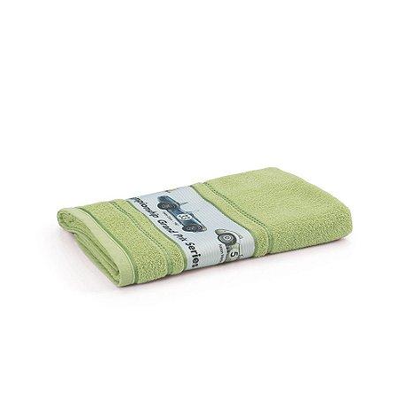 Toalha de Banho Infantil Menino Carros Verde Karsten 67x135cm