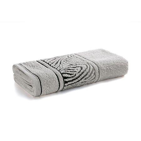 Toalha de Banho Karsten Animale Cinza Claro 67x135cm