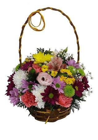 Cestinha retrô de flores mistas