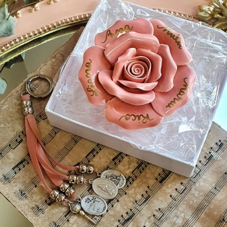 Rosa Personalizada (P) com Chaveiro de Medalhas