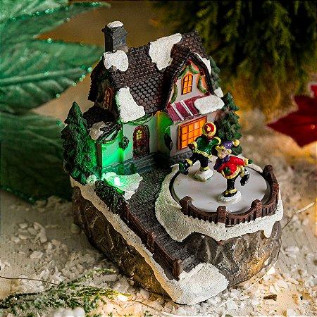 Vilinha de Natal com Pista de Patinação