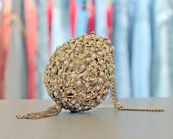 Clutch Fabergé com Cristais, Pérolas e Tassel Isla Bolsas - Dourada