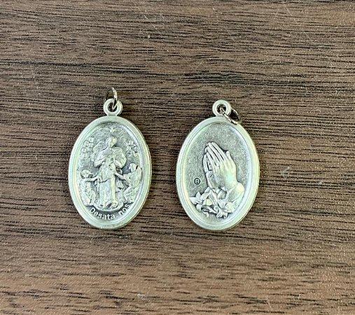 Medalha Italiana N. Sra. Desatadora  / Mãos (8327)