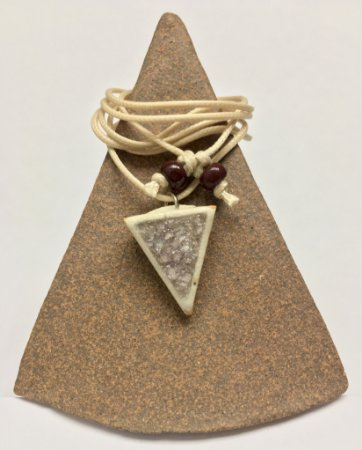 Difusor Pessoal Triângulo para baixo N06