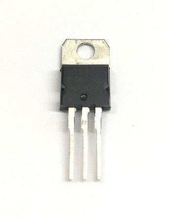 Regulador de tensão 7906