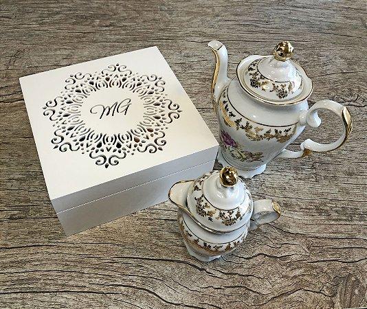 Caixa para chá ou Porta Cápsulas de Café Rendado com 4 divisões