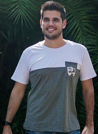 Camiseta Masculina Carro - Cinza