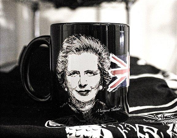 Caneca Margaret Thatcher - Porcelana 330ml preta