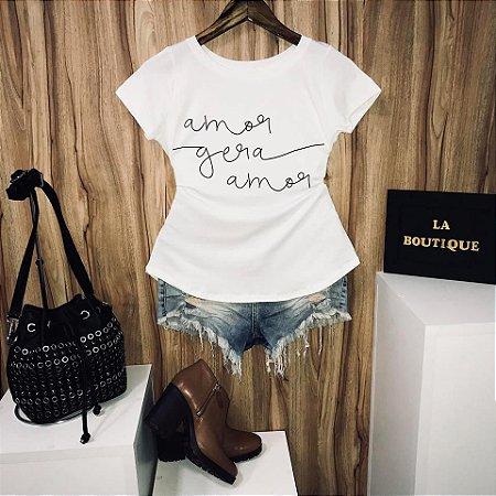 T-shirt Amor Gera Amor