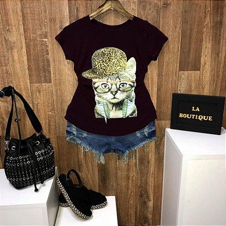 T-shirt Gatinha de Boné