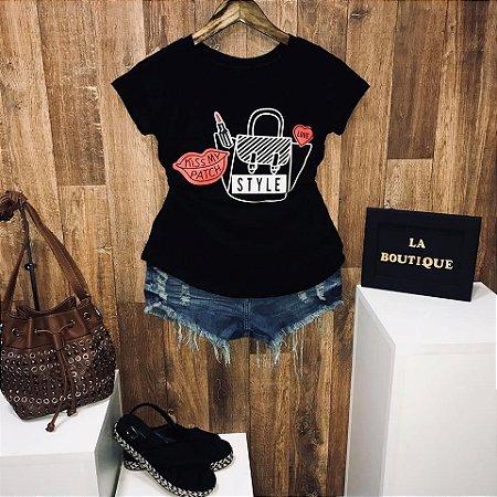 T-shirt Fashion Style