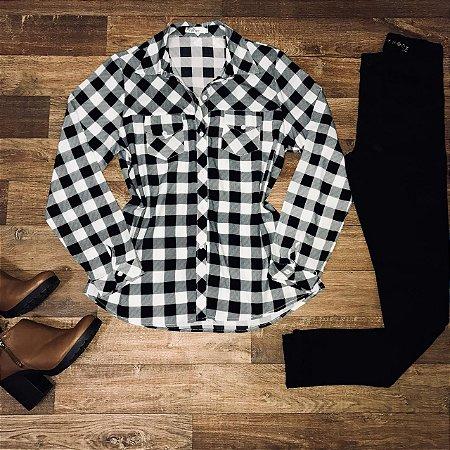 Camisa Xadrez White e Black