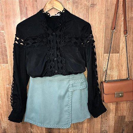 Camisa com Detalhes em Guipir Ligia Black