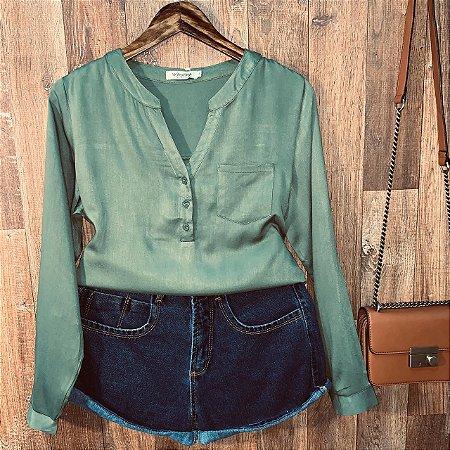 Camisa com Decote Dayane Verde Militar