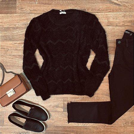 Blusa Pelinhos com Textura Milão Black