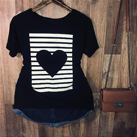 Camiseta Locked Heart